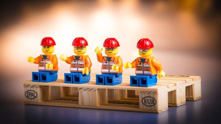 Четирите вида групи и кривата в изпълнението на екипа