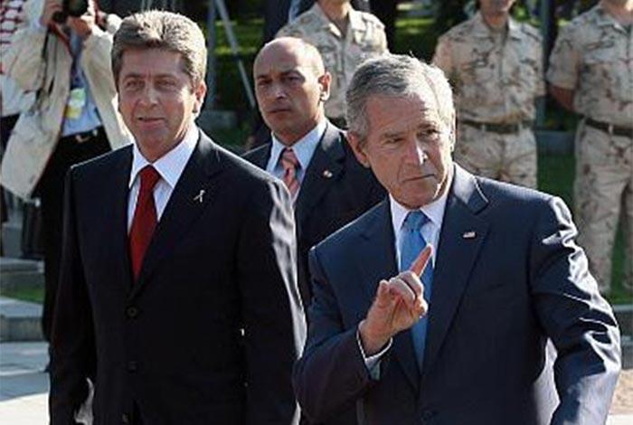 Джордж Буш и подводните камъни на невербалната комуникация