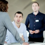 """""""Как да говорим с всеки във всяка ситуация"""" от Ема Сарджънт и Тим Феърън: Как да изразявате идеите си убедително (откъс)"""