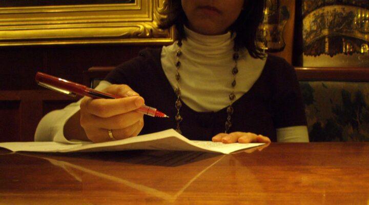 Как точно да озаглавиш твоята автобиография (cv)
