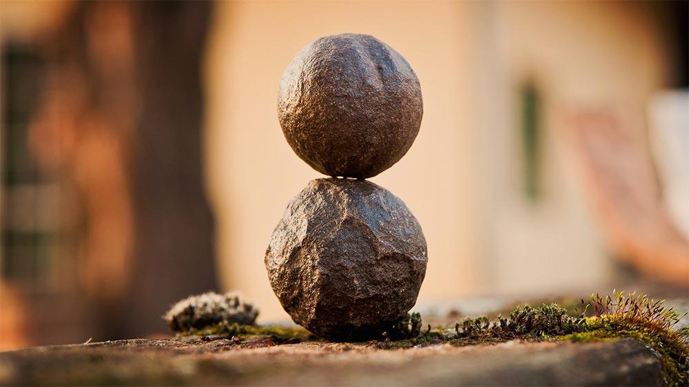 Широта на ума, критично мислене и самоутвърждаване. Как да наблюдаваме хората и явленията от всички гледни точки