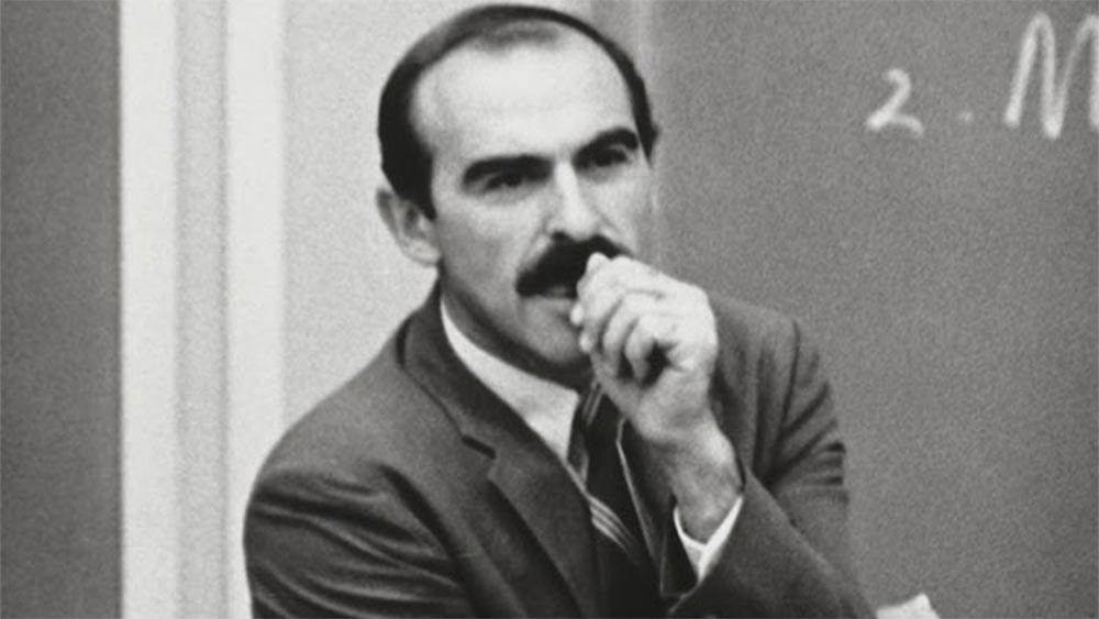Теодор Левит